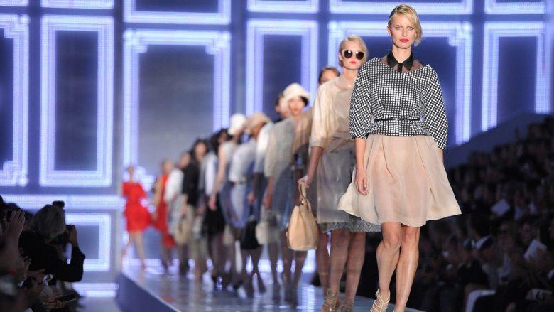 Dior dhe Gucci me revolucion, ndalojnë modelet e dobëta në pasarela