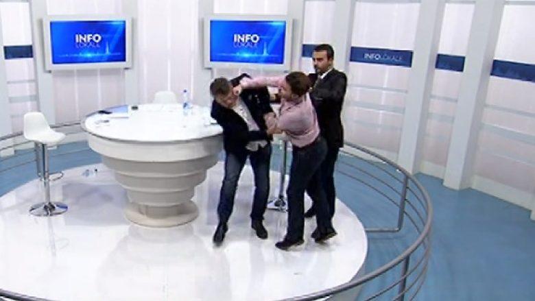 Incident në studion televizive: Deputeti Frashër Krasniqi grushton deputetin Milaim Zeka (Video)