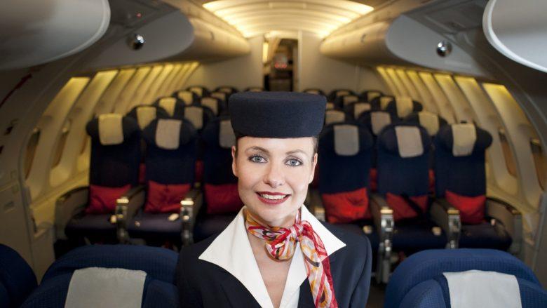 Pesë gjërat që janë falas në aeroplan, por të cilat ju ndoshta nuk i dini