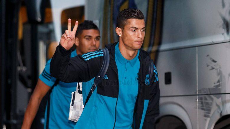 Ronaldo me një seri supergolash turpëron bashkëlojtarët në stërvitje (Video)