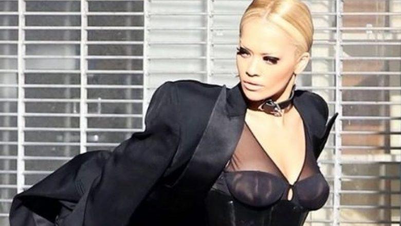 Rita Ora së shpejti me këngë të re, kësaj radhe vjen në bashkëpunim (Video)