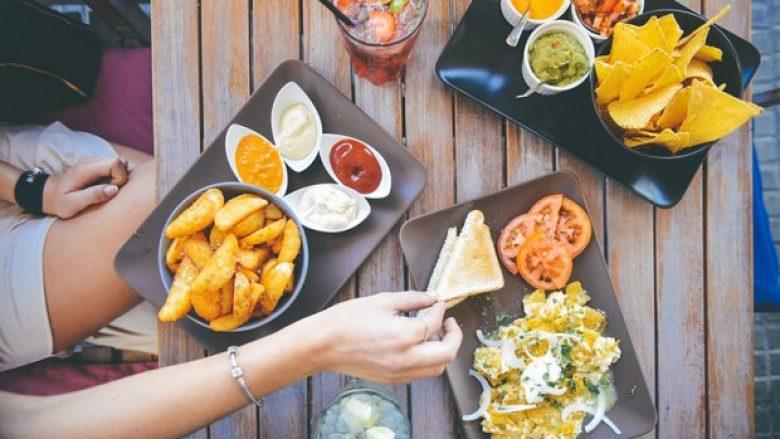 Ushqimet të cilët shkaktojnë fryrje për më pak se një orë – shumica i hanë