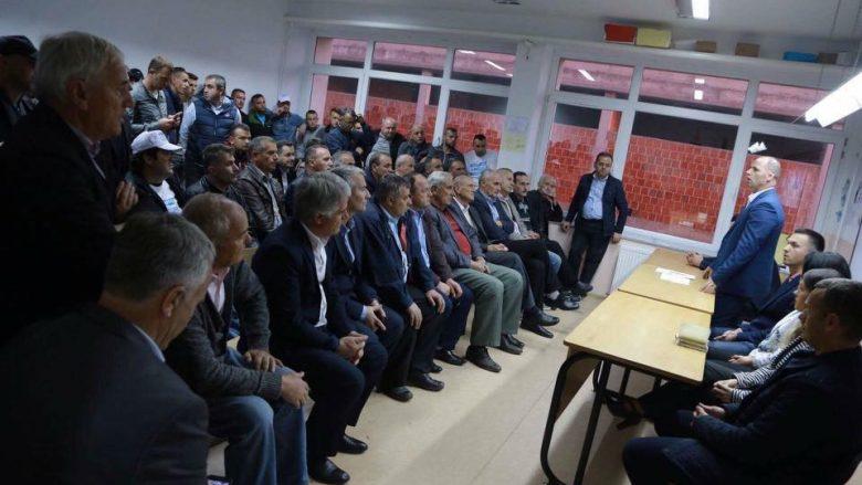 Pritje madhështore për Ramiz Lladrovcin në takime elektorale