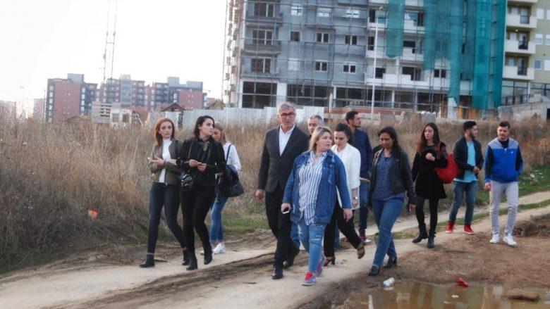 Vllahiu: Mjerimit të Prishtinës duhet dhënë fund