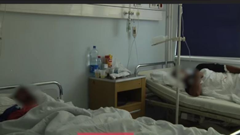 Në QKUK i shtrirë nga fruthi edhe një 16 vjeçar (Video)