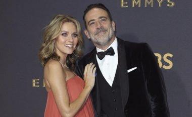 Affleck dënon ngacmimet sekuale në Hollywoodit, por Hilarie Burton thotë se edhe ai 'kapi' gjinjtë e saj në emision televiziv (Foto/Video)