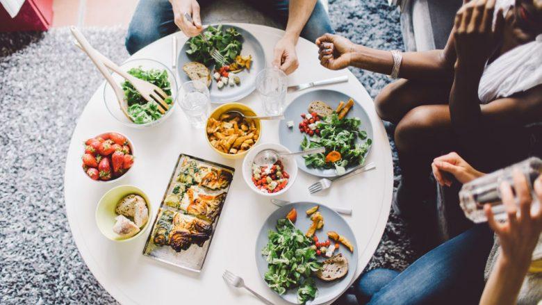 Tri mënyrat më të thjeshta për të humbur peshë pa dietë fare