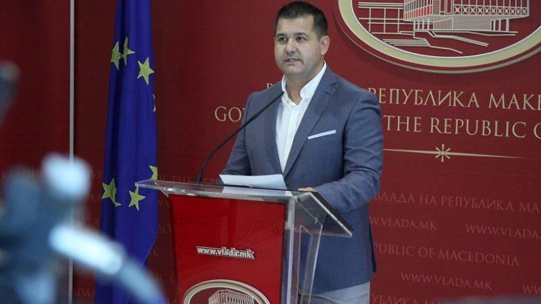 Boshnjakovski: Këshilltarët e Zaevit kushtojnë tre herë më pak se të Gruevskit (Video)