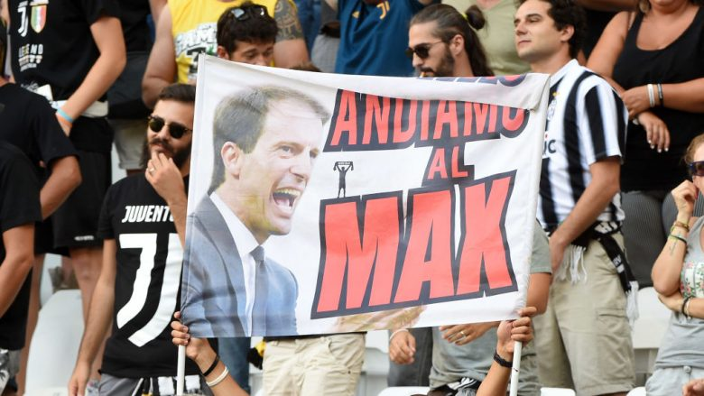during the Serie A match between Juventus and Cagliari Calcio at Allianz Stadium on August 19, 2017 in Turin, Italy.