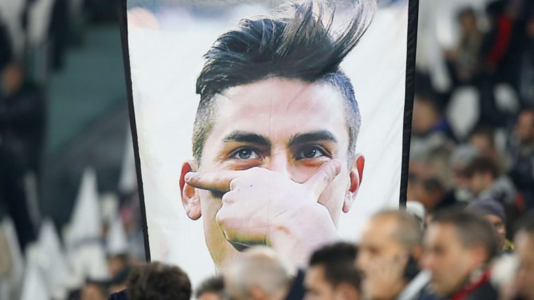 during the UEFA Champions League group D match between Juventus and FC Barcelona at Allianz Stadium on November 22, 2017 in Turin, Italy.