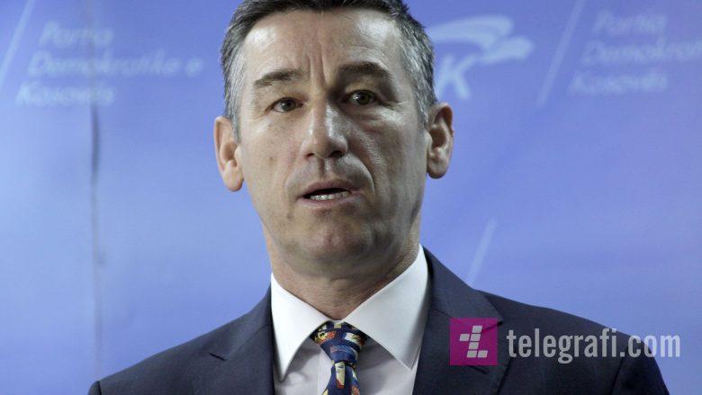 Paralajmërimet për dorëheqjet në veri: Veseli i kërkon BE-së të luaj rolin që i takon