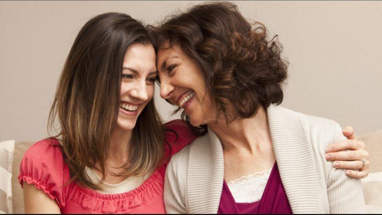 Sa më shumë kohë që shpenzoni me nënën, aq më shumë do të jetojë ajo