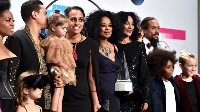 LOS ANGELES, CA - NOVEMBER 19:  (L-R) Rhonda Ross Kendrick, Evan Ross, Chudney Ross, Diana Ross, Tracee Ellis Ross, and Ross Naess pose in the press room during the 2017 American Music Awards at Microsoft Theater on November 19, 2017 in Los Angeles, California.  (Photo by Alberto E. Rodriguez/Getty Images)