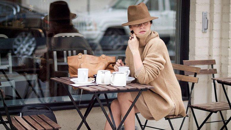 Triko-fustanet: As dimrit nuk heqim dorë nga dukja femërore! (Foto)