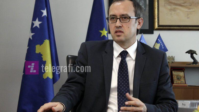 Hoti: Flamuri i shtetit të Kosovës, të vendoset sa më lart e dinjitetshëm