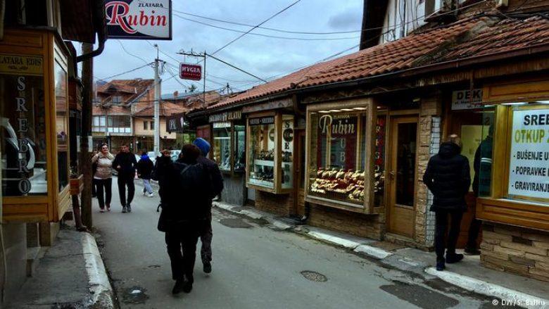 Familja shqiptare Shkreli, që jeton në Novi Pazar