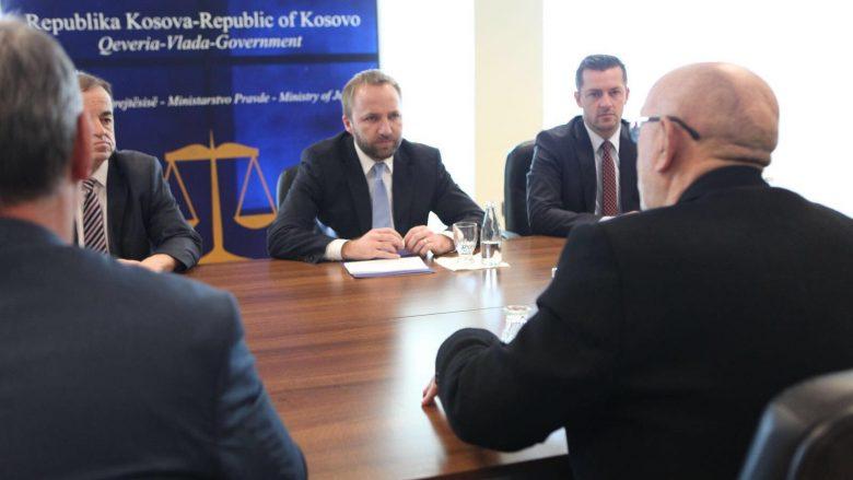 Tahiri nënshkroi Memorandum me KMDLNJ-në për monitorimin e Shërbimit Korrektues