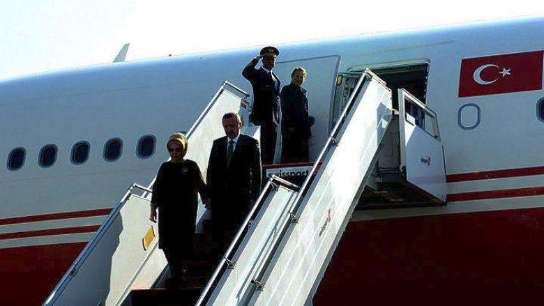 Erdogan mbërrin për një vizitë zyrtare në Greqi