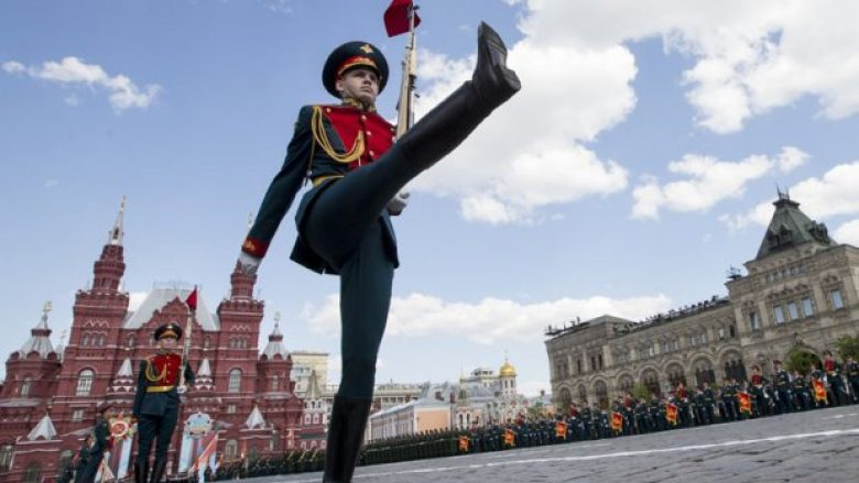 Djaloshit 7-vjeçar i dërgojnë ftesën për të kryer shërbimin ushtarak, ushtria ruse tregon se kush kishte gabuar
