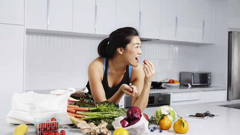 Këshilla nga nutricionistja: Tri shprehitë ushqimore për humbje të peshës