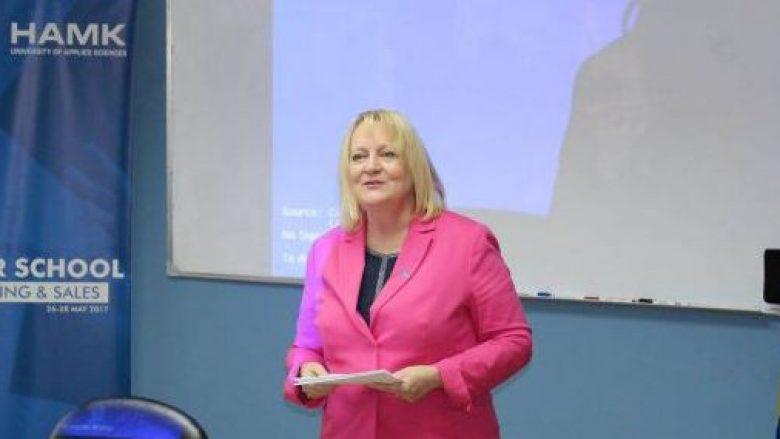 Ambasadorja finlandeze: Demarkacioni dhe luftimi i korrupsionit, kusht për liberalizmin e vizave
