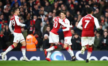 Arsenali i kthehet fitoreve, mposht Newcastlen para derbit ndaj Liverpoolit (Video)