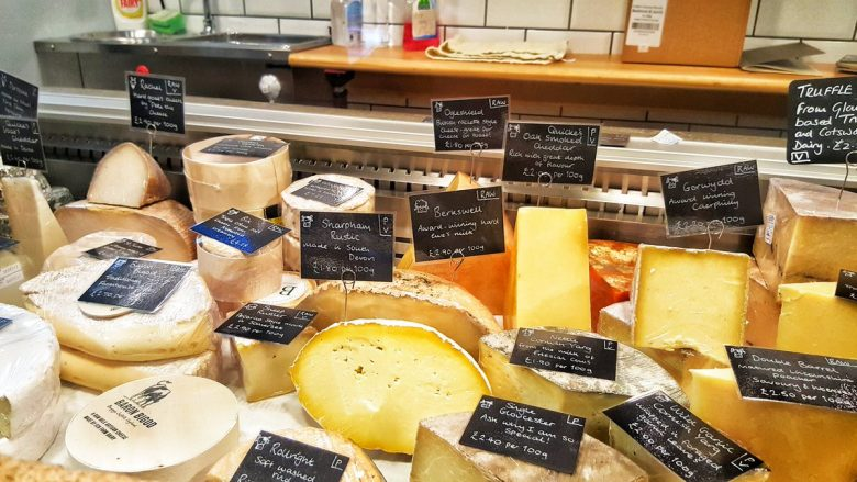 Është shpallur djathi më i mirë në botë – shikoni si duket dhe çfarë shije ka