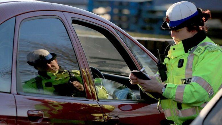 Gati shkeli fëmijën që kalonte në zebra, pensionistes i ndalohet leja e vozitjes (Foto)