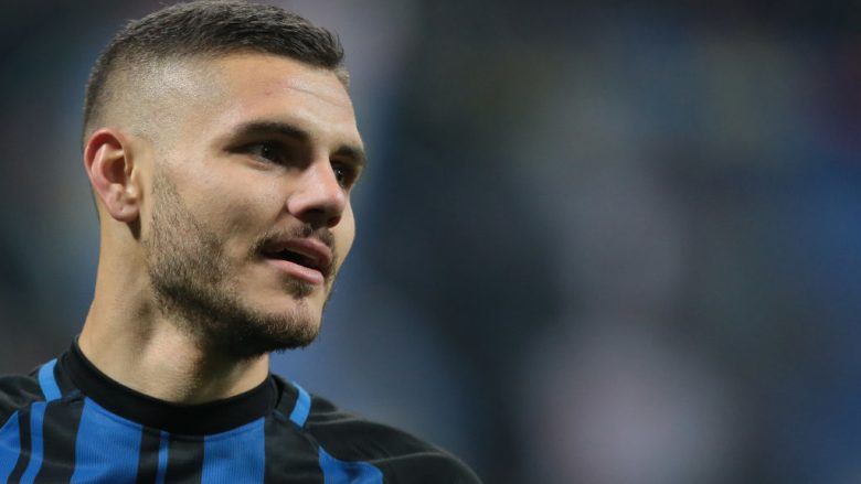 MILAN, ITALY - NOVEMBER 19:  Mauro Emanuel Icardi of FC Internazionale Milano looks on during the Serie A match between FC Internazionale and Atalanta BC at Stadio Giuseppe Meazza on November 19, 2017 in Milan, Italy.  (Photo by Emilio Andreoli/Getty Images)