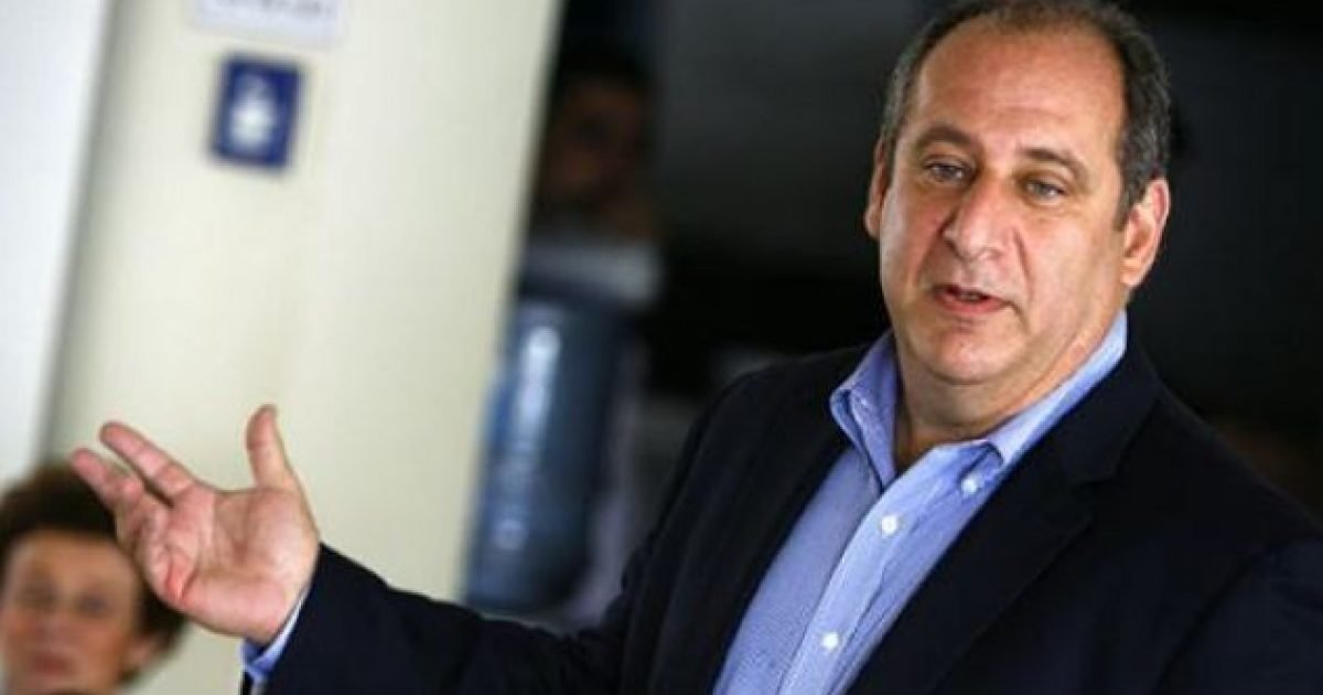 Eksperti amerikan: Rusia e përkrah një Kosovë të cunguar