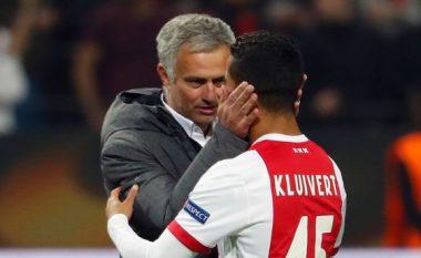 Sytë e Evropës në Kluivertin e ri, tjetër supergol i 18 vjeçarit të Ajaxit që kërkohet nga United (Video)