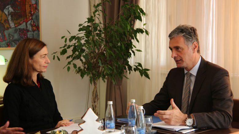 Ambasadorja Willems dhe Lumezi flasin për sundimin e ligjit