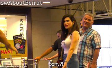 Kamera e fshehtë: Shtireshin kinse po teshtijnë në fytyrat e kalimtarëve të rastit, reagimet ishin nga më të ndryshmet (Video)