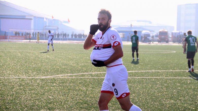 Debutim ëndrrash për Muriqin, shënon dy gola të bukur për katër minuta te Rizespori (Video)