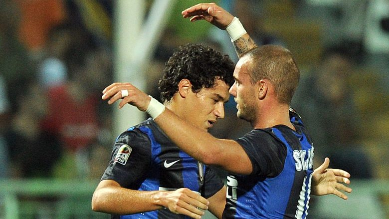 PESCARA, ITALY - AUGUST 26:  Coutinho of Inter celebrates after scoring the goal 0-3 during the Serie A match between Pescara Calcio and FC Internazionale Milano  at Adriatico Stadium on August 26, 2012 in Pescara, Italy.  (Photo by Giuseppe Bellini/Getty Images)