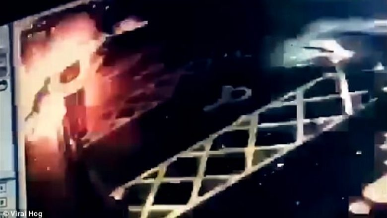 Hajni e pësoi keq gjatë tentimit për plaçkitje të bankomatit (Video)