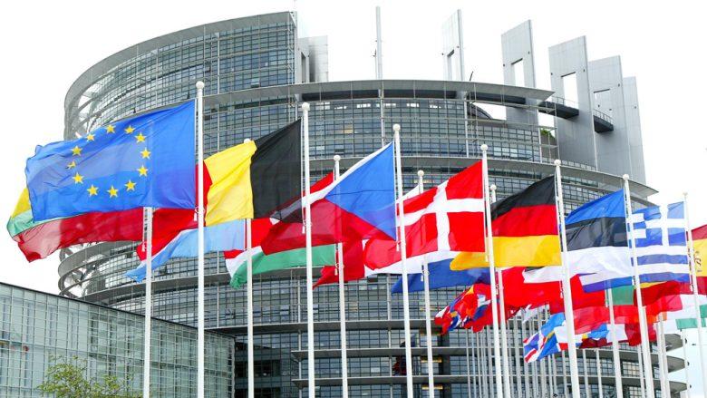 """BE """"i jep afat"""" Serbisë rreth Kosovës, bëhet fjalë për vitin 2019"""