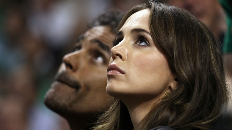 Rrëfimi i plotë i Eliza Dushkut për Joel Kramer pas abuzimit seksual: Në vend që të ishte mbrojtësi, ai u bë abuzuesi im