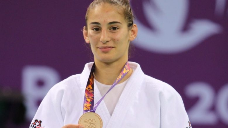Nora Gjakova, xhudistja e trofeve