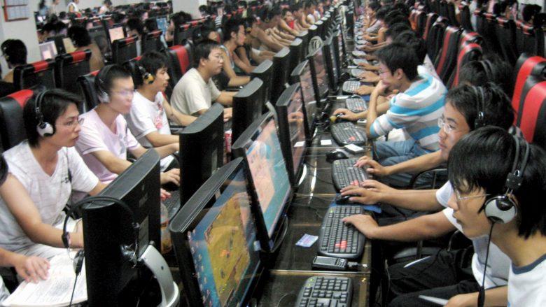 Kina ka 772 milionë përdorues të internetit