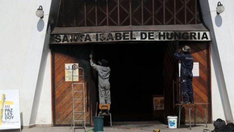 Sulmohen me bomba tri kisha para vizitës së Papa Françeskut në Kili