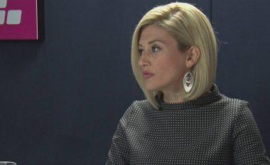 Kusari-Lila ironizon me liderët kosovarë, që gjenden në Bruksel: A u lodhët burra?