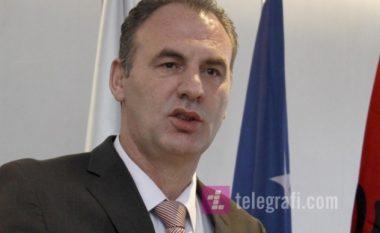 Limajn nuk e preokupon shkuarja në Bruksel, por arritja e konsensusit për dialog