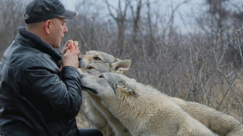 Hysniu nga Osekhilla e Gjakovës, jeton me ujq (Video)