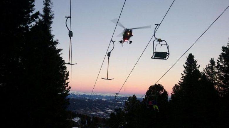 Prishet teleferiku në Austri, rreth 150 skiatorë evakuohen me helikopter (Video)