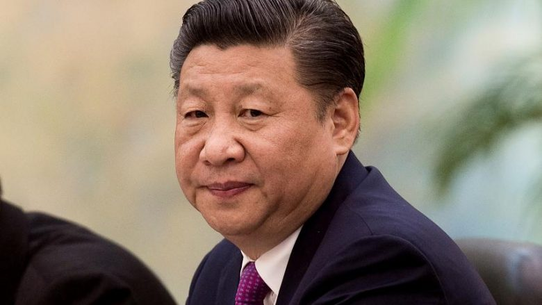 """Presidenti kinez i kërkon ushtrisë që të përgatitet për """"luftë në qiell"""" (Video)"""