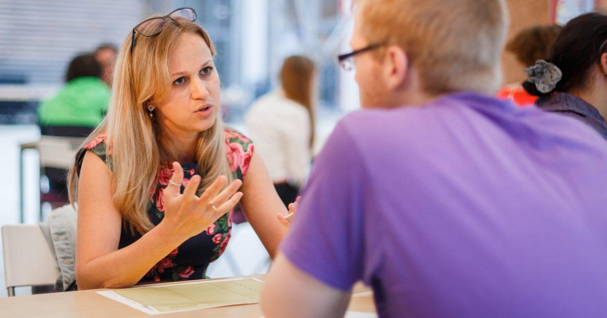 pyetja-te-cilen-asnjehere-nuk-duhet-ta-beni-gjate-intervistes-se-punes
