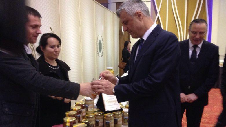 """Thaçi: Pas një dekade, duhet të mbizotërojnë produktet """"Made in Kosovo"""""""