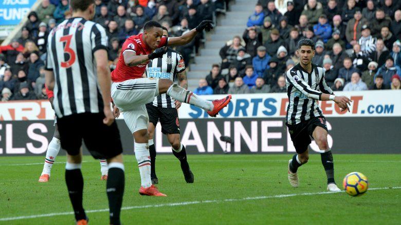 Anthony Martial në tentim për gol (etty Images)