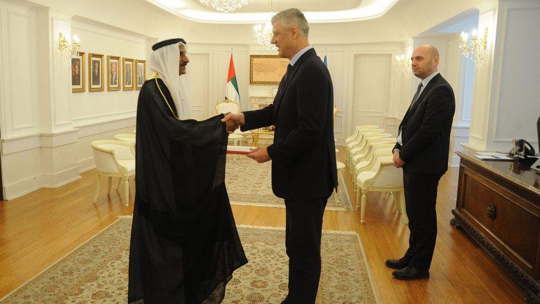 Thaçi pranoi letrat kredenciale nga ambasadori i ri i Emirateve të Bashkuara Arabe
